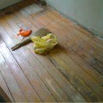 Как положить керамическую плитку на деревянный пол: инструкция с видео