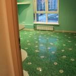 изображение зеленой травы на полу