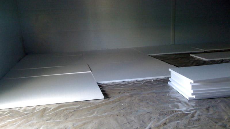 Утепление бетонного пола по грунту своими руками