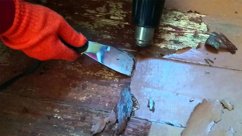 Покраска деревянного пола своими руками - удаляем старую краску