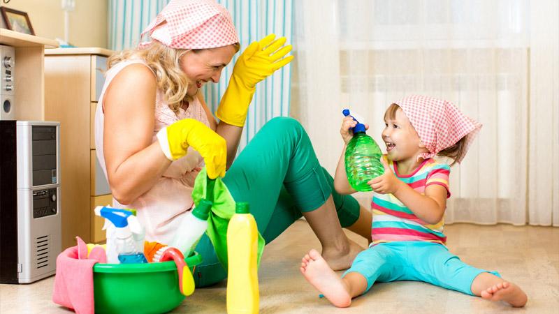 Как отмыть зеленку с линолеума - используйте спирт или горячую воду
