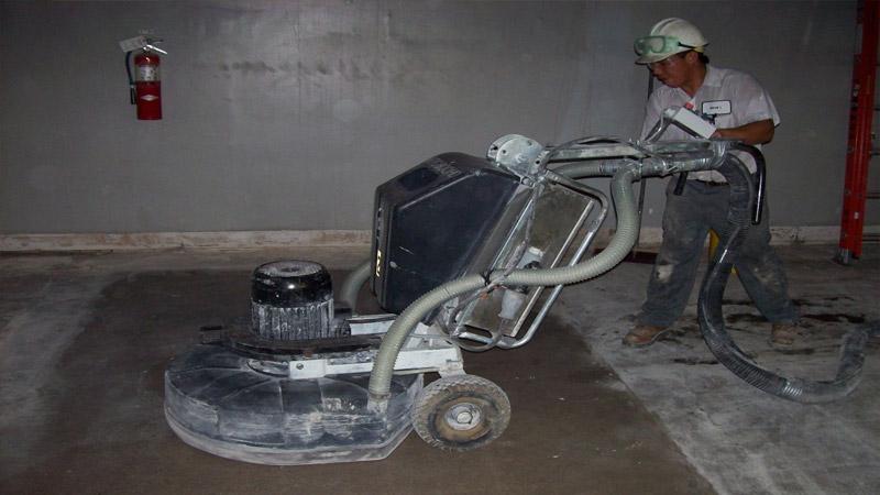 Шлифовка бетонного пола своими руками с помощью шлифмашины