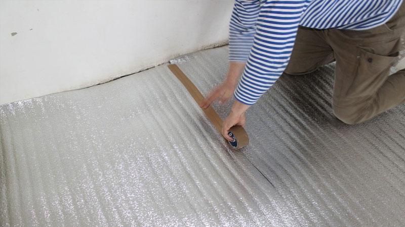 Вспененная металлизированная подложка под теплый пол