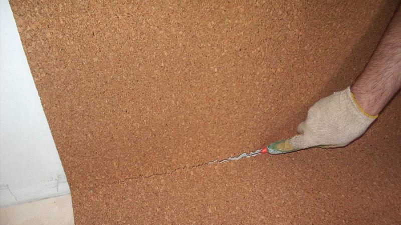 Укладка пробковой подложки под ламинат