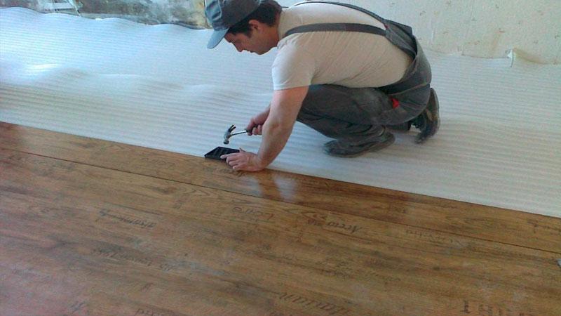 Быстрая укладка ламината на бетонный пол